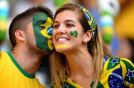 পৃথিবীর সবচেয়ে শীর্ষ সুন্দরী মেয়েদের দেশ - ২০১৪top 10 countries for most beautiful girls in the world's - 2014