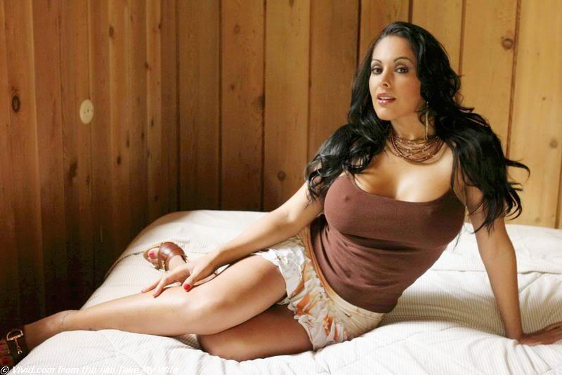 নিনা মার্সেডেজ (Nina Mercedez)